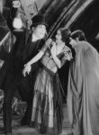 Lon-Chaney-and-Marceline-Day-and-Edna-Tichenor-in-London-After-Midnight-1927.jpg