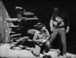Paul-Hurst-in-Lightning-Bryce-ep10-1919-02.jpg